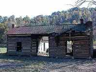 Goble Dogtrot with large poplar logs.